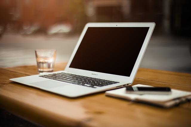 Jak zarabiać na blogu – krok po kroku